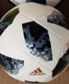 Banh bóng đá adidas